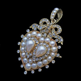 Antique Pendant Brooch 18k Gold Pearls Diamond Heart Bow Romantic Jewelry (6658)