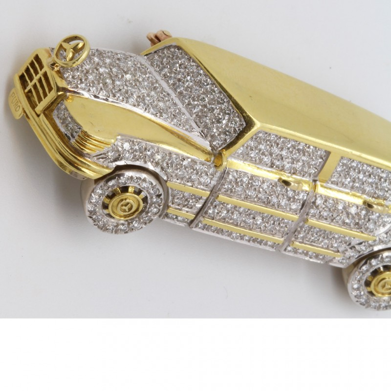 Vintage brooch mercedes benz 18k gold diamonds for Mercedes benz earrings