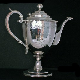 GEORGIAN SILVER COFFEE POT URQUHART HART 1805 (ID:1625)