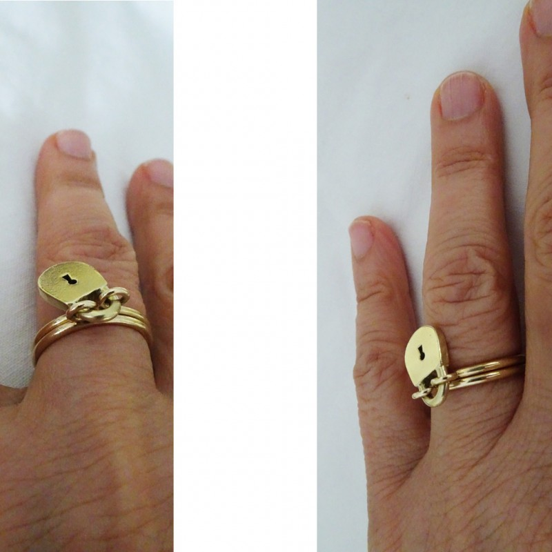 Antique / Vintage Ring 14k Gold Double hoops w Padlock Charm Dangle