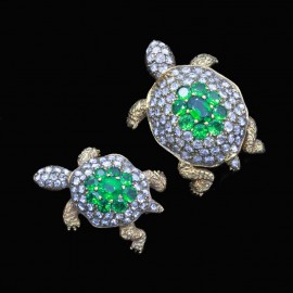 Vintage Pair Turtle Brooches 18k Gold Diamonds Tsavorite Garnets Movable (6836)
