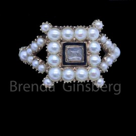 Antique Georgian Ring 15ct Gold Pearls Enamel Hair Mourning Chased Gold (6833)