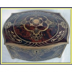 HENCKELS Arts & Crafts Brass inlaid Jewelry Box w Manicure Set (ID:3139)