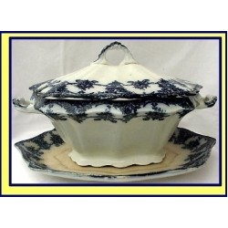 FLOW BLUE TUREEN WITH DEEP UNDER TRAY STAND (ID:1244)