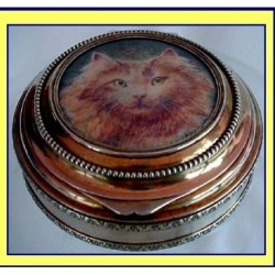 FRENCH SILVER BOX  HP MINI PAINTING IVORY CAT (ID:2555)
