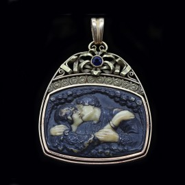 Art Nouveau Pendant The Kiss Lovers Romantic Sapphire Gold Antique  (3998)